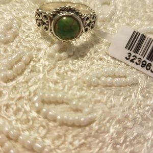 Jewelry - Green turquoise sterling silver ring